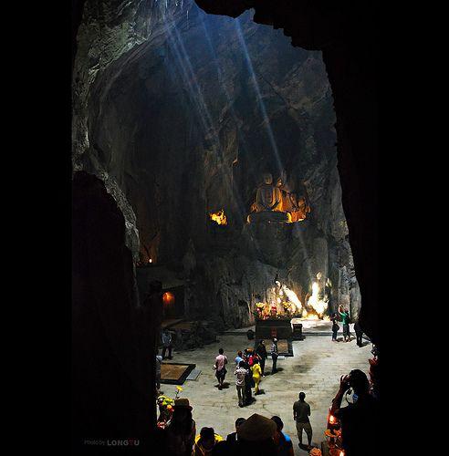 dong-huyen-khong
